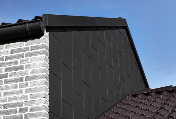 sort zink facade med blindfals